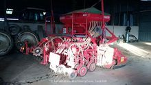 Used Combine seed dr