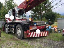 1994 KOMATSU LW250 mobile crane