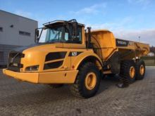 2013 VOLVO A25F articulated dum