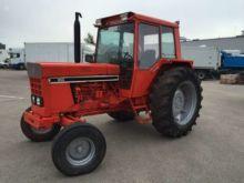 1982 INTERNACIONAL 955, tractor