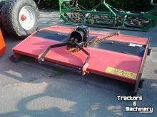 Peecon Weidebloter mower