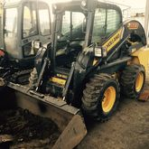 2012 HOLLAND L223 skid steer