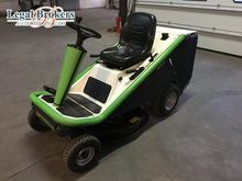 ETESIA Hydro 80 lawn tractor by