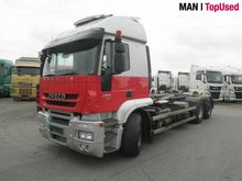 2009 IVECO STRALIS hook lift