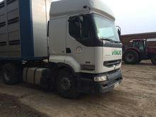 2001 RENAULT 420 tractor unit
