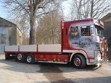 2004 DAF XF95 flatbed truck