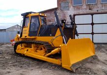 2016 CHTZ B10M 0111-1E bulldoze