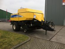 2006 HOLLAND BB 950 A square ba