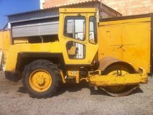 1990 BOMAG BW142D single drum c