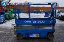 Used 2007 GENIE 2032