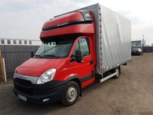 2014 IVECO 35S17 closed box van