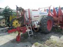 Holder IN 250 trailed sprayer