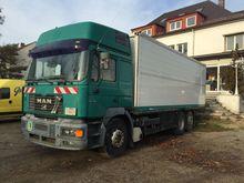 2000 MAN closed box truck