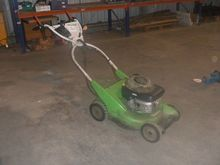 VIKING ROTARY MOWER NO BLADSS l