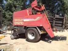 1997 HOLLAND D1210 square baler