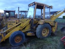 1974 FORD 550 backhoe loader
