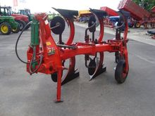 Fraugde reversible plough