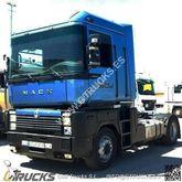 2003 RENAULT Magnum tractor uni