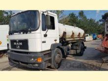 MAN 18.264 tank truck