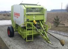 2002 CLAAS Rollant 46 round bal