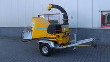 SCHLIESING 440 ZX wood chipper