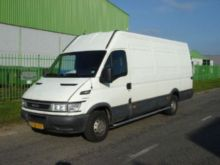 2004 IVECO iveco 35S12 V Maxi c