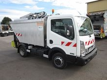 New 2015 NISSAN Cabs