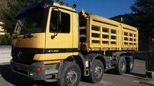 1999 MERCEDES-BENZ dump truck
