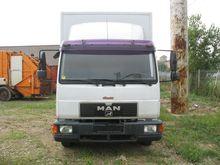 2000 MAN L2000 closed box truck