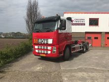 Used 2005 VOLVO FH42