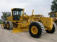 Used 2005 KOMATSU GD
