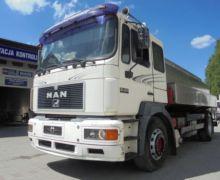 2000 MAN 19.463 milk tanker