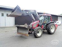2011 VALTRA A82 wheel tractor b