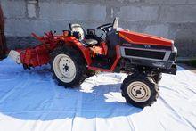YANMAR F165 4x4 mini tractor