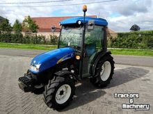 2014 HOLLAND T3040 mini tractor
