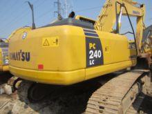 2012 KOMATSU PC240 tracked exca