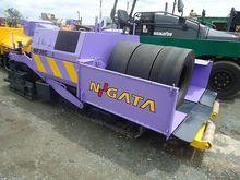 2009 NIIGATA NF36SVDM crawler a