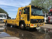 1996 VOLVO FL608 tow truck