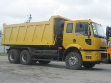 2007 FORD CARGO dump truck