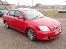 2005 TOYOTA Avensis for parts.
