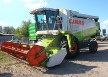 2000 CLAAS Lexion 440 combine-h