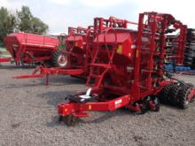 Pneumatic precision seed drill