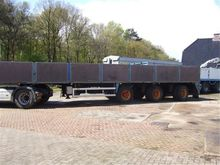 1996 FLOOR flatbed semi-trailer