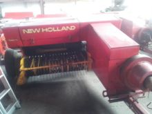 Used HOLLAND 276 squ