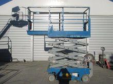 Used 2004 GENIE GS 1