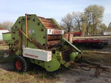 CLAAS Rollant 62 round baler