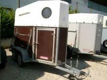 1990 T1 horse trailer