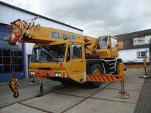 1992 LUNA 35/27 mobile crane