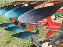 AGROLUX reversible plough