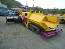 2010 Hanta F2045C crawler aspha